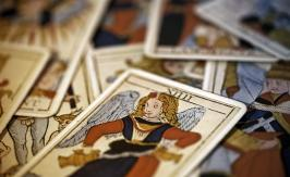 Temperance in the Tarot of Marseille: positive or negative?